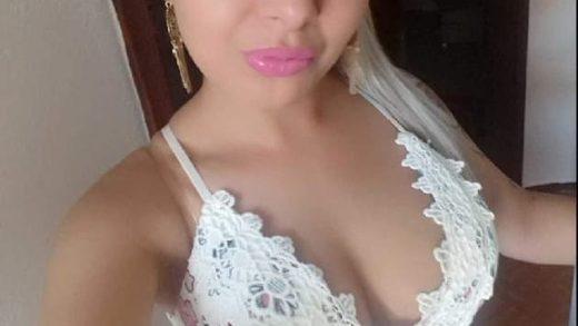 Schöne Titten im Nackt Chat mit Livecam