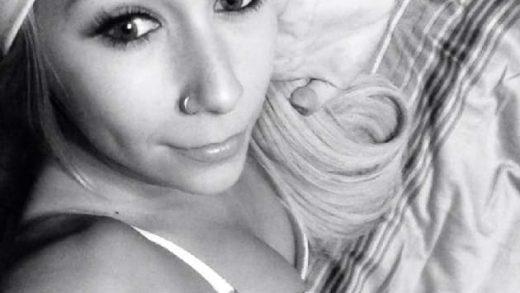 Tabuloser Webcam Chat Sex mit Blondine