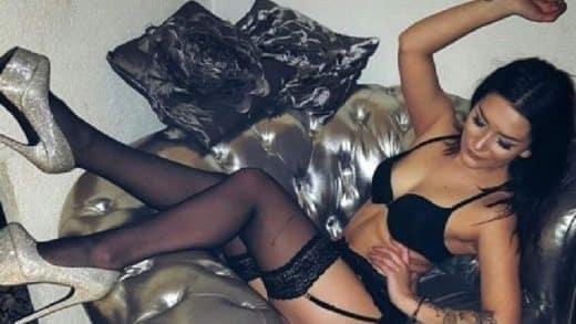 Junge Frau nackt im Video Sex Chat